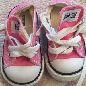 EUC Converse Sneakers Size 3 Baby